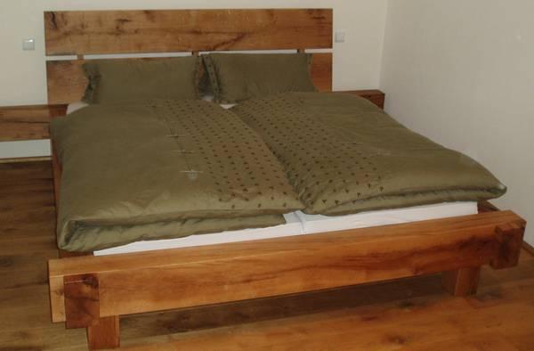 betten nachttische. Black Bedroom Furniture Sets. Home Design Ideas